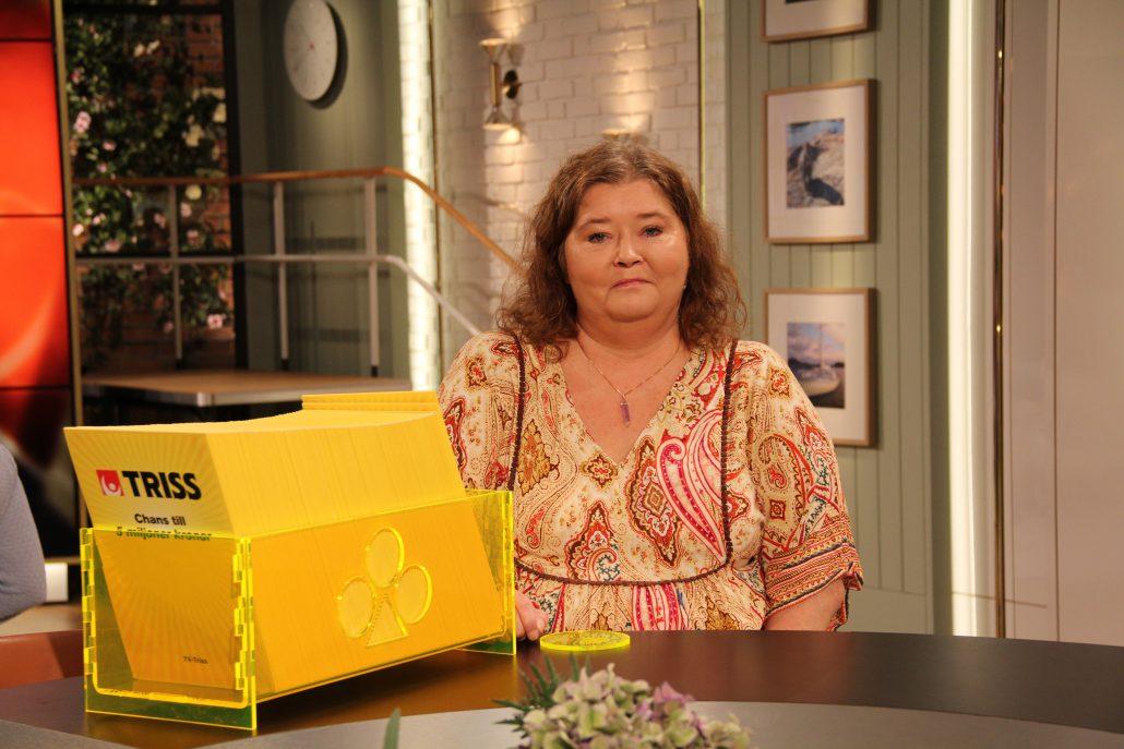 Under söndagsförmiddagen gästades TV4-studion av Varbergsbon Anna Gustavsson som var där för att skrapa Triss. Det blev 100 000 kronor för arbetssökande Varbergsbon som ska fira med en resa tillsammans med sambon.