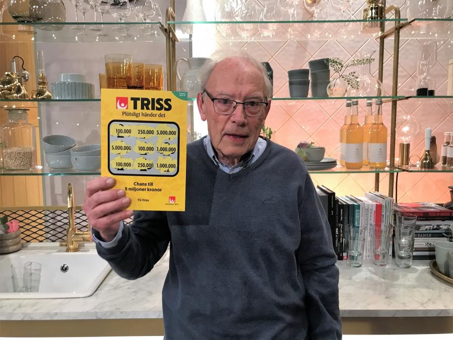 Grästorpsbon Gunnar Wulcan vann 100 000 kronor på Triss.
