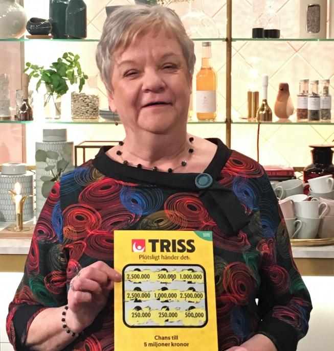Ingrid firade 65-årsdagen med att vinna 2,5 miljoner kronor på Triss.