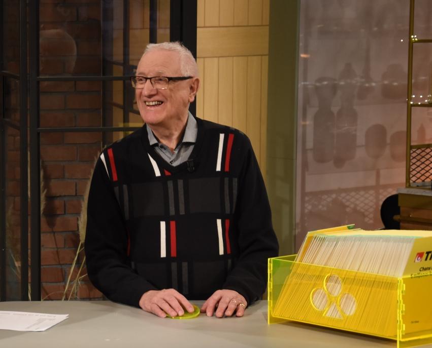 Kurt Johansson från Vaggeryd var veckans första Trisskrapare i Nyhetsmorgon. Den 85-årige smålänningen fick bra fart på skrapan och kammade hem en kvarts miljon kronor. Vinsten delar han med sig av till barn, barnbarn och barnbarnsbarn.