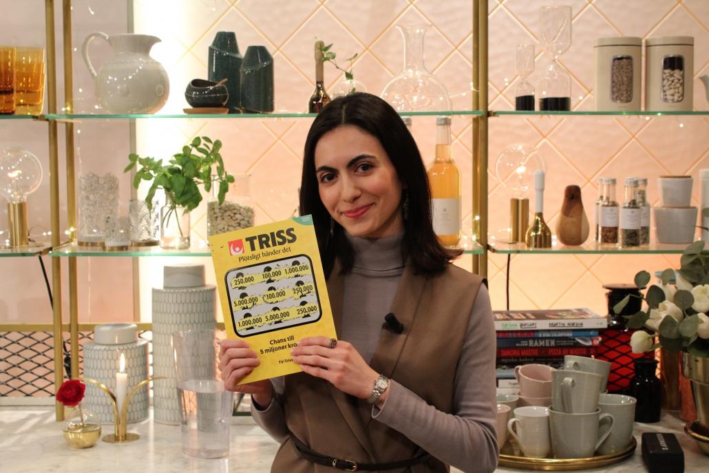 Amal Khalilova vann 250 000 kronor på Triss.