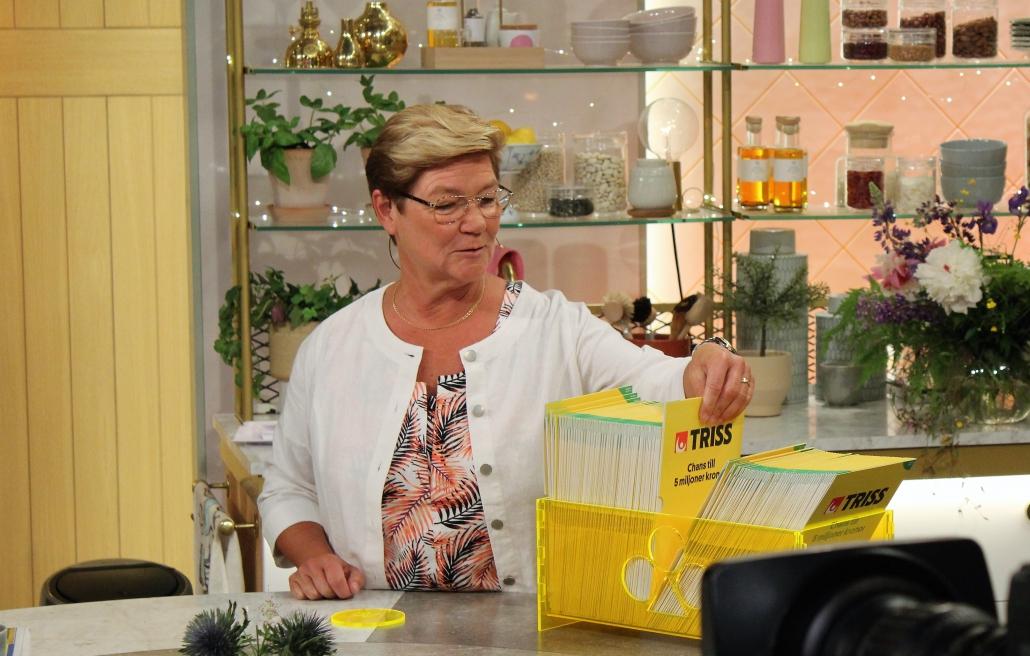 Agneta valde en lott på måfå och vann 100 000 kronor.
