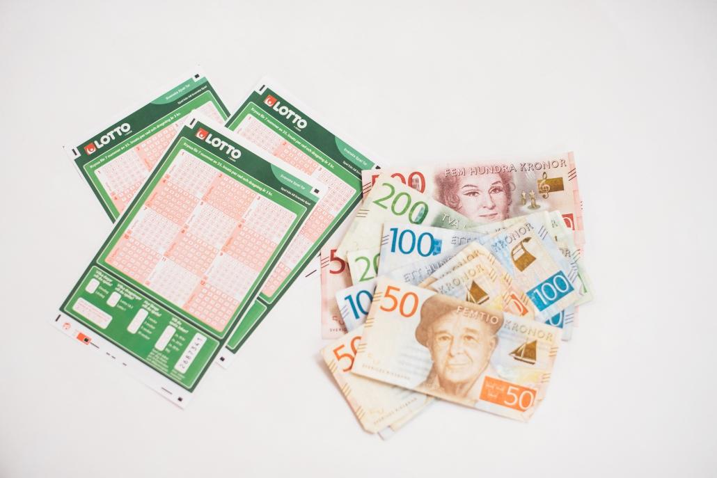 Sju rätt på Lotto gav nästan 15 miljoner kronor. Vinstraden var inlämnad i skånska Sjöbo.