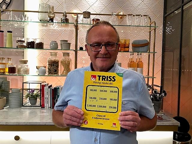Alf Brandell vann 100 000 kronor när han skrapade Triss i TV4.
