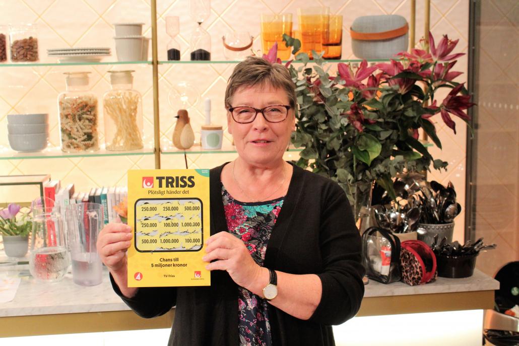 Marita från Göteborg åker till Västindien tillsammans med väninnan Maud efter att ha vunnit 250 000 kronor på Triss.