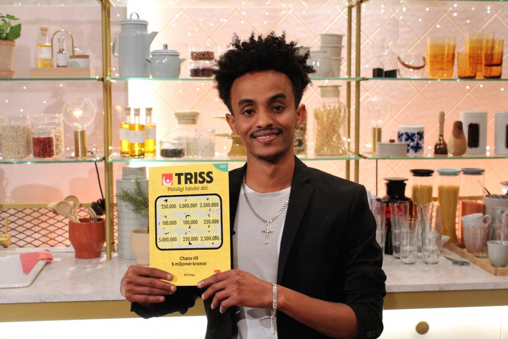 Daniel vann 250 000 kronor när han skrapade Triss i tv.