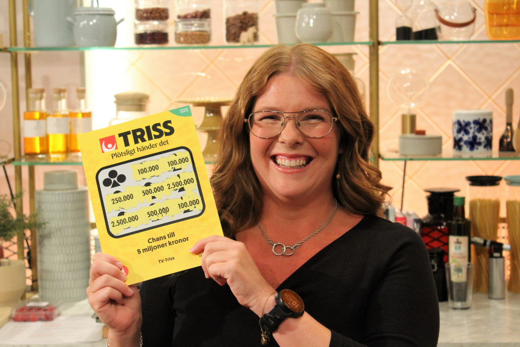 Jenny vann 100 000 kronor på Triss i TV4.