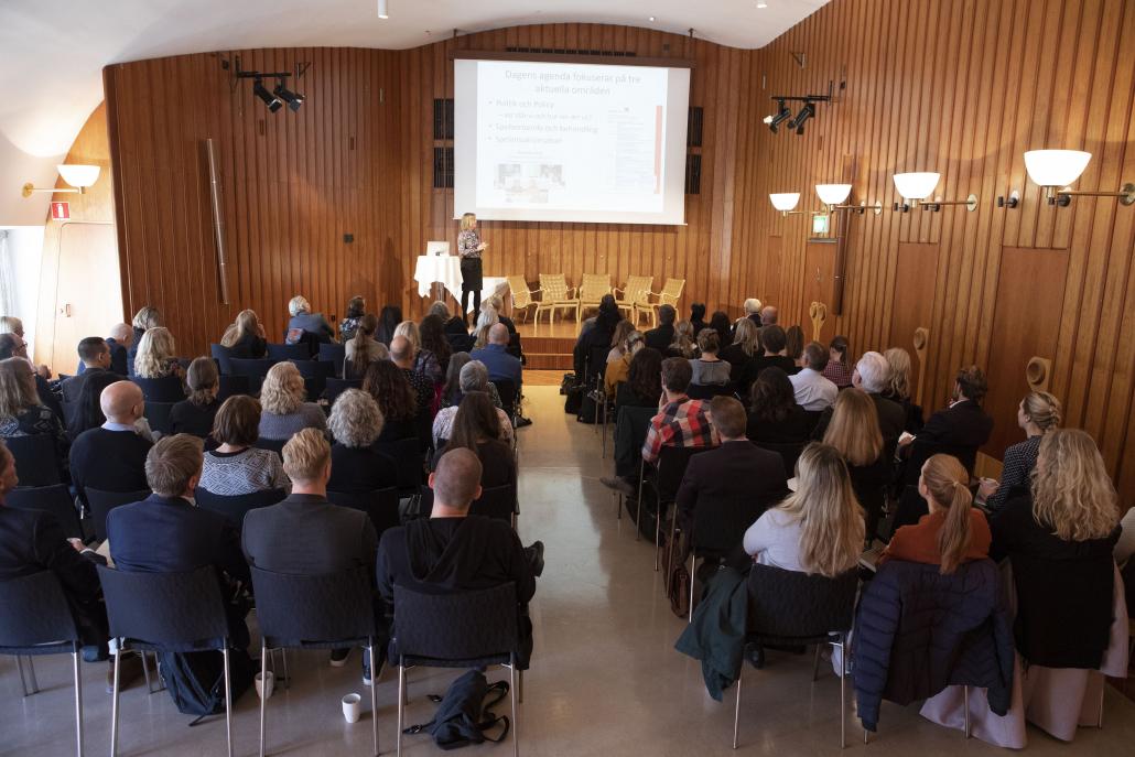 Svenska Spels Forskningsdag var välbesökt och deltagarna fick ta del av de senaste rönen inom forskning om spelproblem och spelansvar.