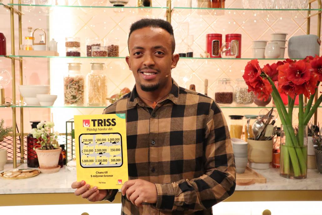20-åriga Amanuel Aklilu från Insjön vann en kvarts miljon kronor på Triss i tv. Pengarna planerar han att lägga på ett körkort och en bil.