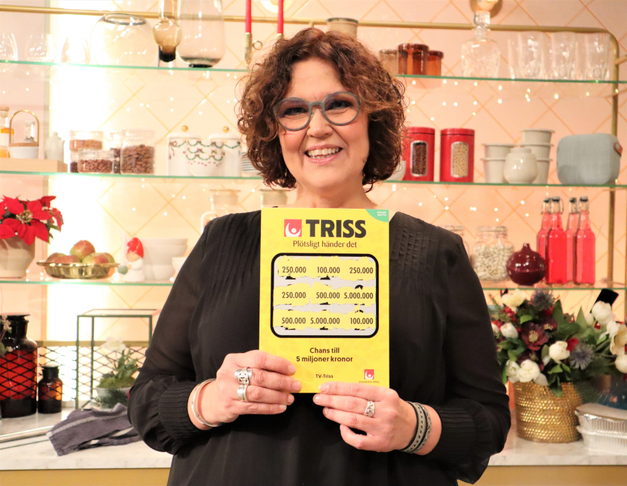 Anna och hennes 3 vuxna barn vann en kvarts miljon kronor på Triss i tv i julklapp på julaftonsmorgonen.