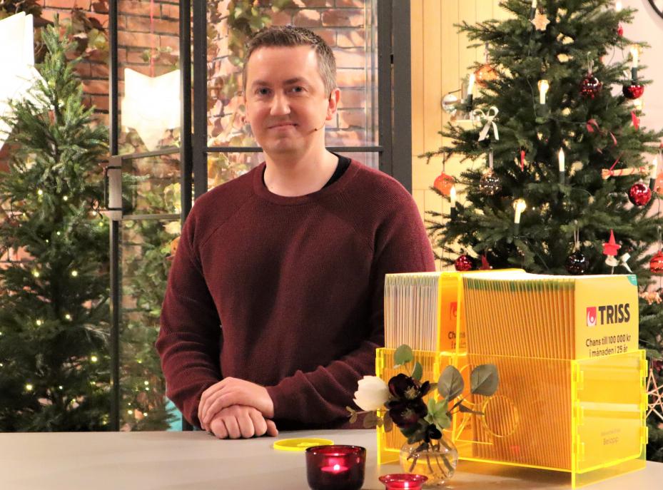 Småbarnspappan och mjukvaruingengören Marcus Andersson från Lund vann 15 000 kronor i månaden i 10 år på Triss i tv.
