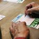 Släktforskande pensionär från Karlstad vann drygt 2,1 miljoner kronor på Lotto lördagen innan jul. Pengarna planerar han att lägga på att uppfylla drömmen om att kunna ge lite extra till barnbarnen.