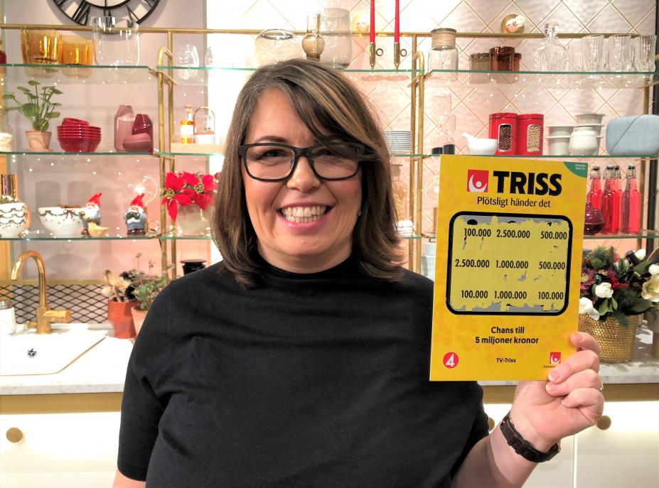 Älvsbybon Monica Sjölund skrapade under torsdagsmorgonen fram 100 000 kronor på Triss i tv i väntan på första barnbarnet.