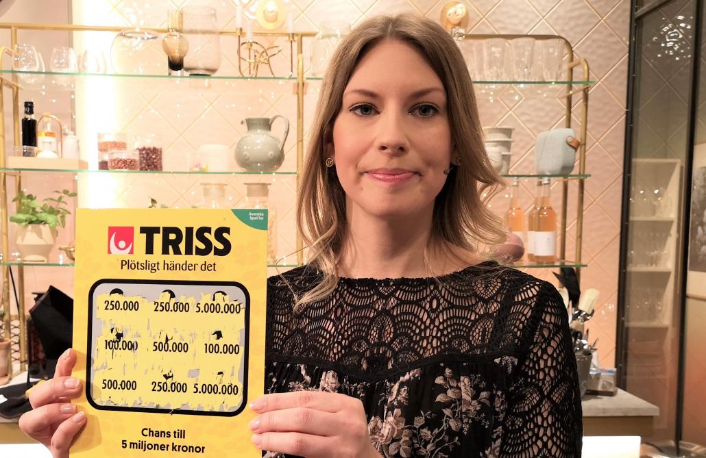 Lisa Wallin skrapade fram en kvarts miljon på Triss i tv åt sina föräldrar från Kramfors. Vinsten kommer gå till en solsemester tillsammans med hela familjen.
