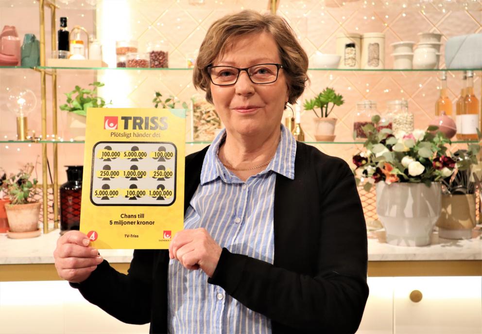 Täfteåbon Margareta Gustafsson skrapade fram tre tv-rutor på en Trisslott mitt i julstöket. Det tog henne denna torsdagsmorgon till TV4 Nyhetsmorgon där hon skrapade fram 100 000 kronor.