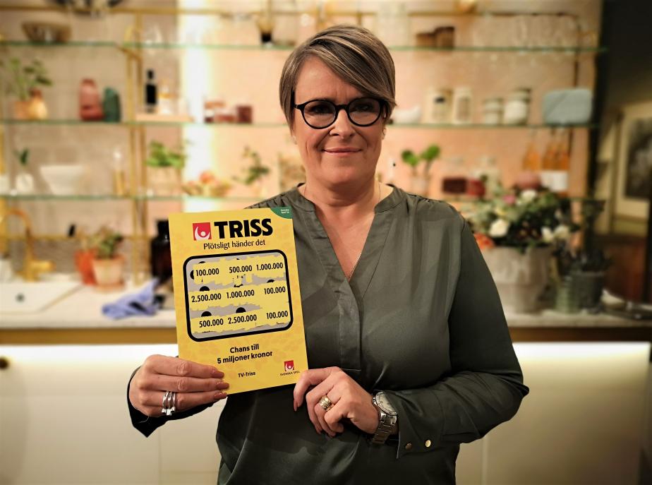 Läraren Carina Hemmarö från Sandared vann 100 000 kronor på Triss i tv.
