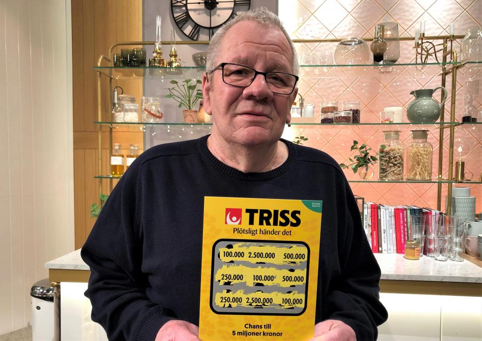 Pensionären Krister Bolin från Ronneby skrapade fram 100 000 kronor på Triss i TV4 Nyhetsmorgon.