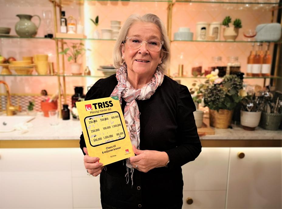 Två Hässelbybor har haft turen på sin sida den senaste tiden. Denna onsdagsmorgon gästade pensionären Mona Bergman från Hässelby TV4 Nyhetsmorgon där hon vann en kvarts miljon kronor på Triss. För drygt två veckor sedan hade en tvåbarnspappa från Hässelby turen att bli en av 40 vinnare i Lottos extradragning Andra Chansen.