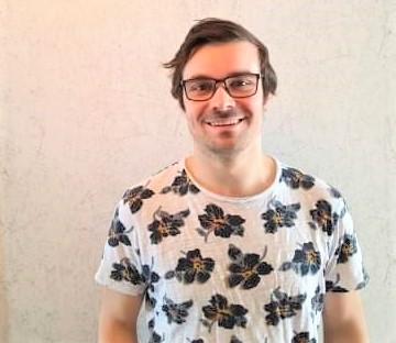 Vasaloppsåkaren Christian från Lycksele fick tre tv-rutor på en Trisslott tack vare föräldrarnas julklapp. Den lotten gav honom och hans familj 100 000 kronor till en köksrenovering och en solsemester.