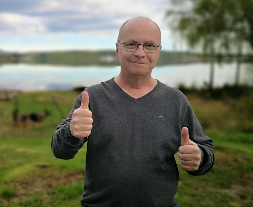 Nylandsbon Bengt vann under lördagen 4,5 miljoner kronor på Triss i TV4 Nyhetsmorgon. Pengarna går till hans familj och renovering av deras hus.