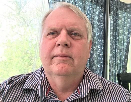 Pensionären Bertil från Linköping vann 100 00 kronor på Triss i tv som kommer gå till en flytt till Thailand.