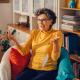 En pensionerad kvinna från Fagersta får glädjas åt en miljon kronor i vinst på Skrap7:an. Nu komme rhon bjuda på smörgåstårta och dela med sina barn och barnbarn.