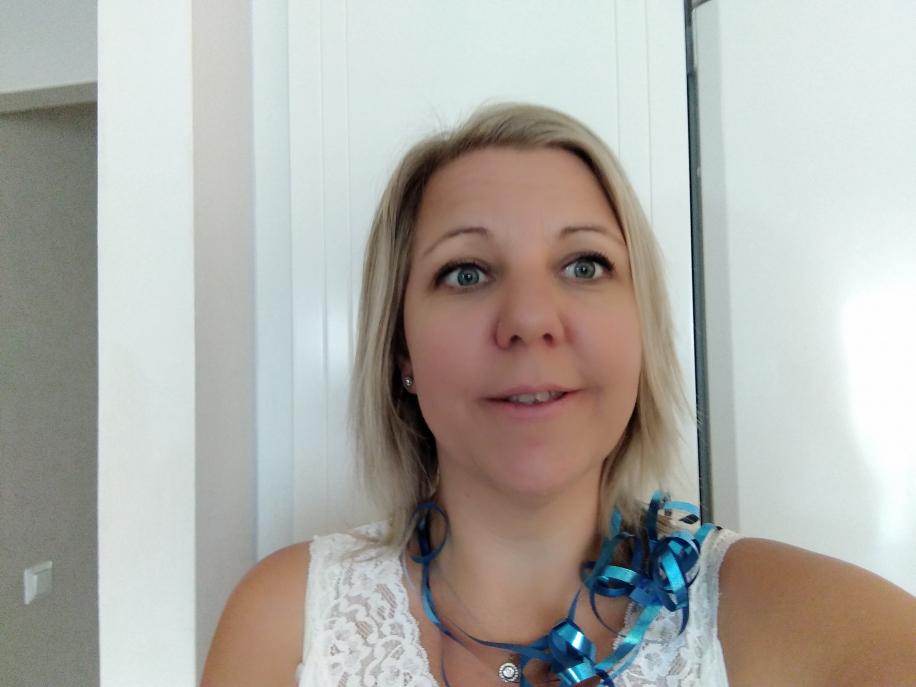Trissvinnare Therese från Romelanda blir kommunens första trissvinnare för i år.
