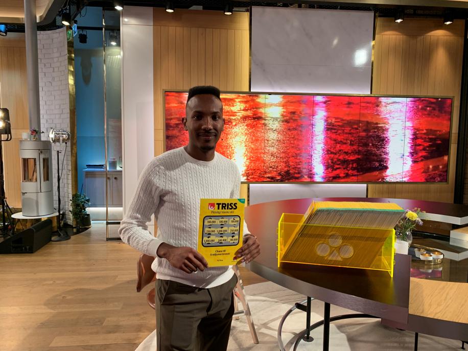 Elmi från Skellefteå vinner 100 000 kronor i Nyhetsmorgon