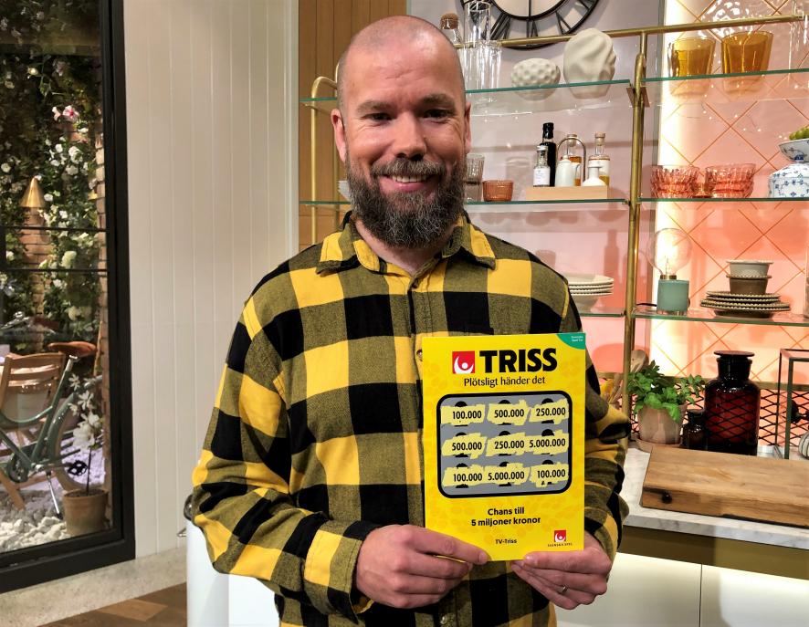 Husbilsfantasten Mikael från Göteborg vann 100 000 kronor på Triss i tv till att uppgradera husbilen och renovera hemma.