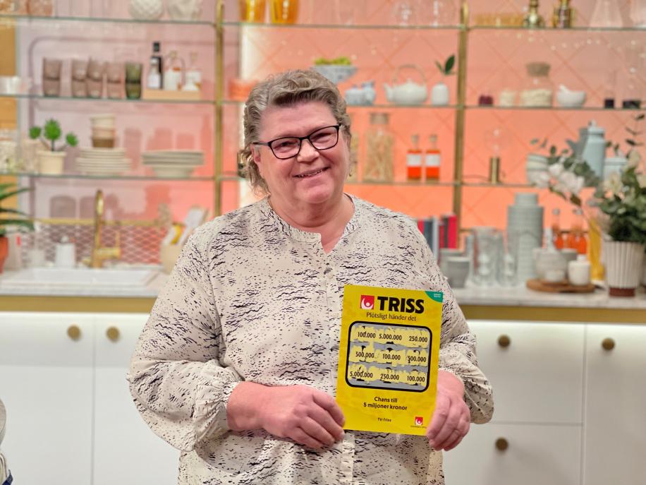 Mona från Tullinge skrapade fram 100 000 kronor i TV4 Nyhetsmorgon.